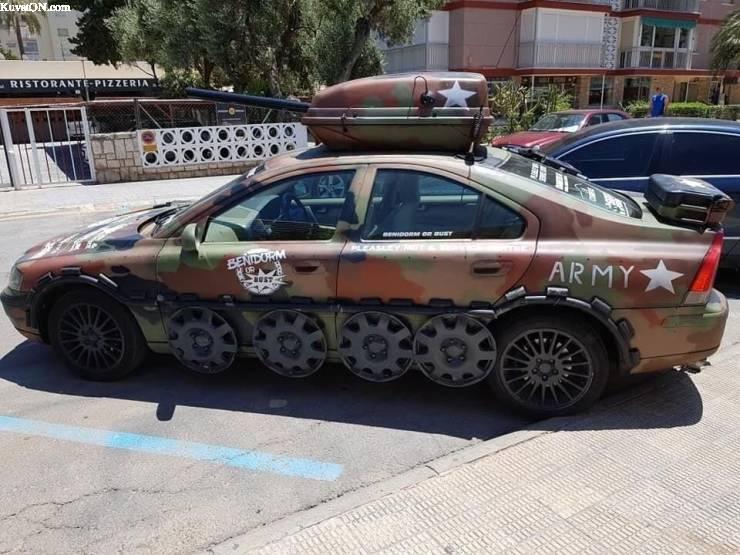 armycar.jpg