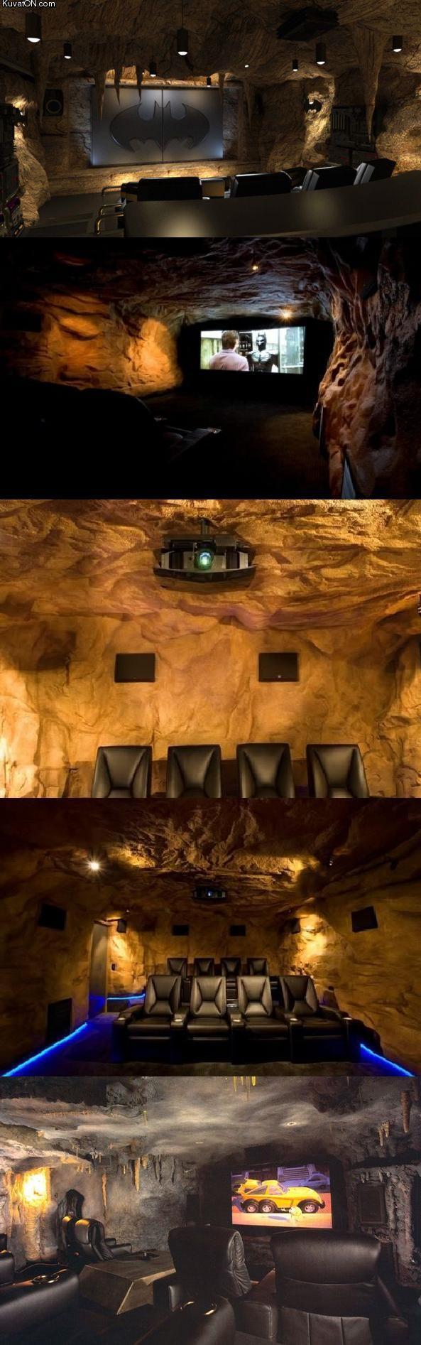 L'univers des Geeks - Page 3 Batman_theater