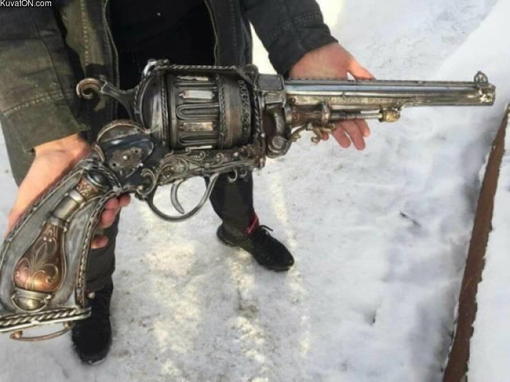 big_gun_.jpg