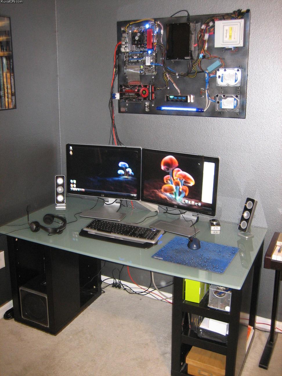 L'univers des Geeks Cool_computer_case