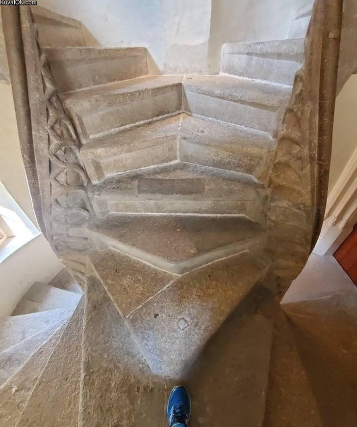 double_spiral_staircase.jpg