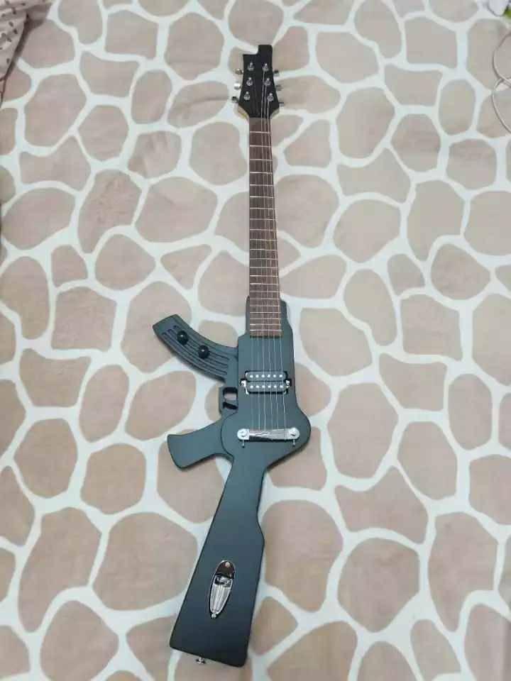 guitar03.jpg