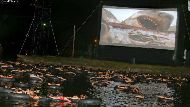 hienot_puitteet_elokuvateatterissa.jpg