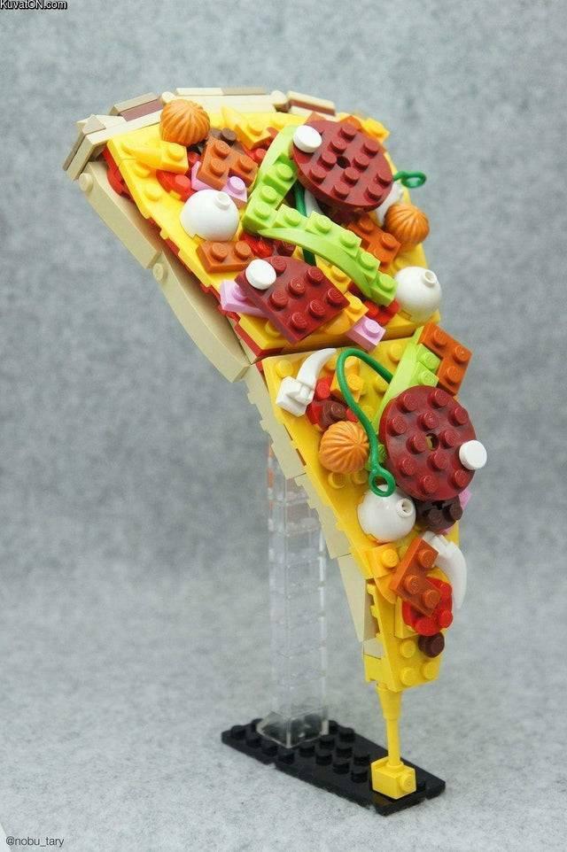 lego_pizza.jpg