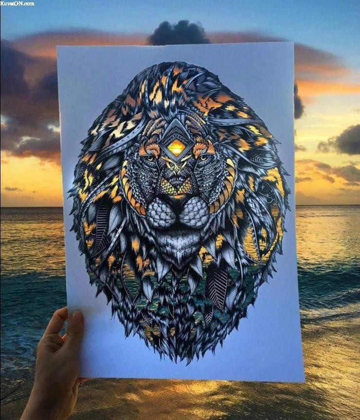 lionpaperart.jpg