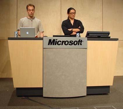 L'univers des Geeks - Page 3 Microsoft_macintosh