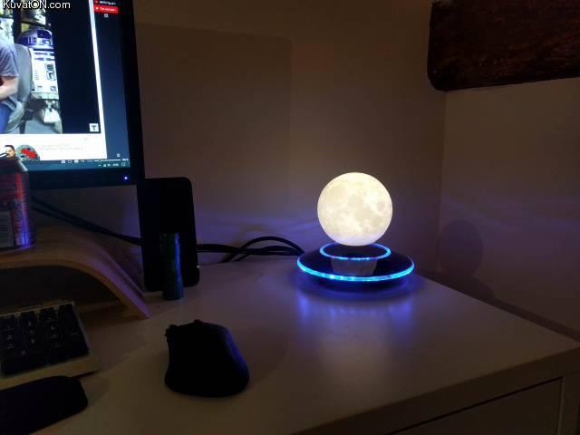 moonlamp.jpg