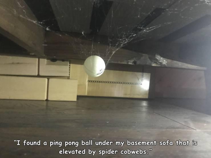 ping_pong_ball_.jpg