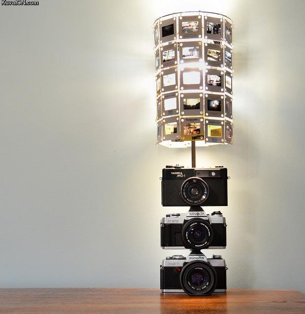 vintage_camera_lamp.jpg