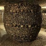 bones_in_paris_catacombs.jpg