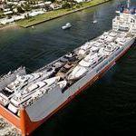 laiva_on_lastattu_laivoilla_.jpg