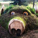mud_and_grass_sculpture.jpg