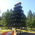 picnic_table_pyramid.jpg